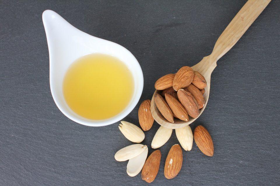 Almond oil, bio-mandelöl, mandeloel